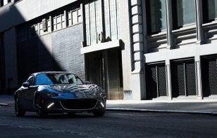 Mazda MX-5 2020 Reseña - El deportivo se viste de traje