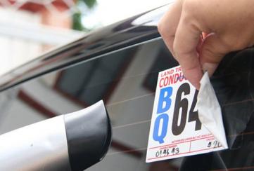 Consejos para remover las calcomanías de tu auto