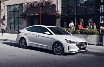 Hyundai Elantra 2019: Ventajas y Desventajas