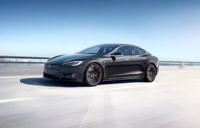 Un reporte indica que Tesla ya le ganó al Porsche Taycan en el Nürburgring