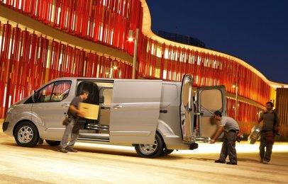Ford Transit Custom 2020 Reseña - Un vehículo apto para cualquier trabajo