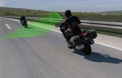 Video: BMW incluirá control crucero adaptativo en sus motocicletas