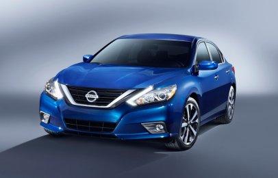 Profeco alerta sobre falla en los seguros del Nissan Altima