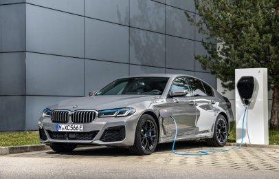 BMW le dará más poder al Serie 5 híbrido