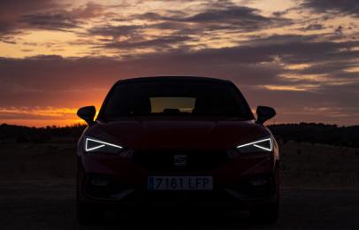 SEAT necesitó 800 horas de oscuridad para probar las luces del León