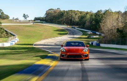 Video: El Porsche Panamera Turbo S rompe un récord en Road Atlanta