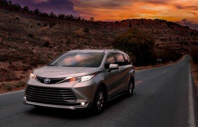 Toyota Sienna 2021 Reseña - Híbrida, atrevida y generosa para el bienestar familiar