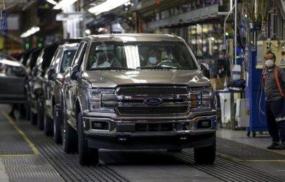 Ford cancelará el cierre de verano en varias de sus plantas