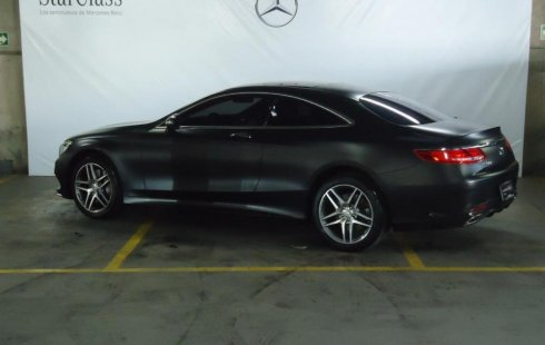 Mercedes-Benz S-Class usado