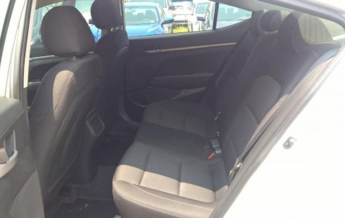 Hyundai ELANTRA 2017 barato