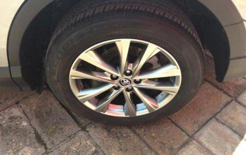 Precio de Toyota RAV4 2017