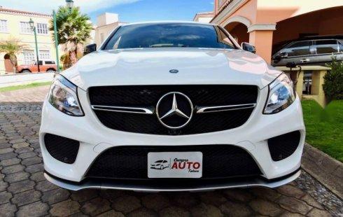 Carro Mercedes-Benz Clase GLE 2017 de único propietario en buen estado
