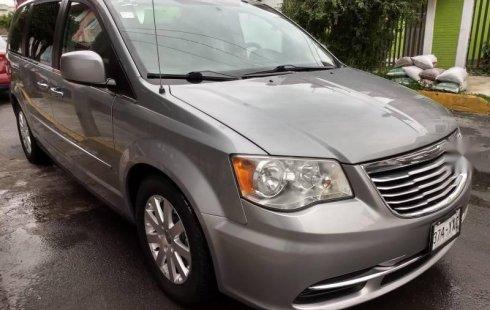 Se vende un Chrysler TOWN & COUNTRY de segunda mano