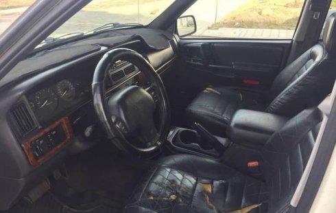 En venta un Jeep Grand Cherokee 1998 Automático muy bien cuidado