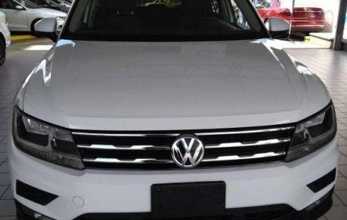 Un carro Volkswagen TIGUAN 2018 en Guadalajara