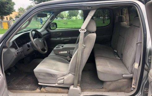 Me veo obligado vender mi carro Toyota Tundra 2003 por cuestiones económicas