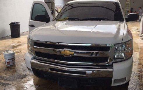 Quiero vender urgentemente mi auto Chevrolet Cheyenne 2009 muy bien estado