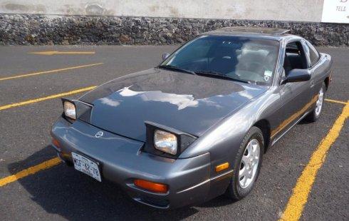 Se pone en venta un Nissan 240 SX