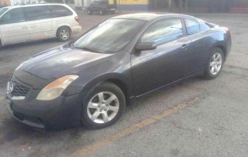 Tengo que vender mi querido Nissan 350Z 2008 en muy buena condición