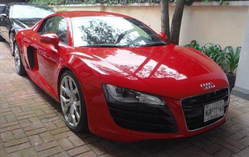 Quiero vender inmediatamente mi auto Audi R8 2010