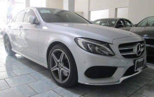 Auto usado Mercedes-Benz Clase C 2018 a un precio increíblemente barato