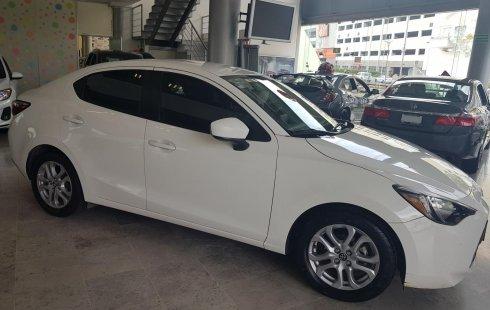 Toyota Yaris R 2016