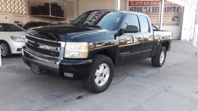 Tengo que vender mi querido Chevrolet Cheyenne 2009 en muy buena condición