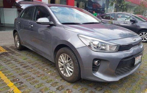 Me veo obligado vender mi carro Kia Rio 2018 por cuestiones económicas