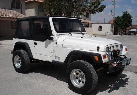 Jeep Wrangler modelo 2005 León
