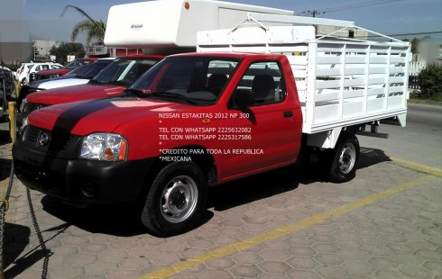 Venta auto Nissan NP300 2012 , Puebla