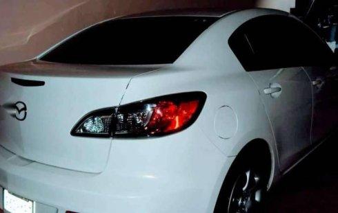 Me veo obligado vender mi carro Mazda 3 2013 por cuestiones económicas