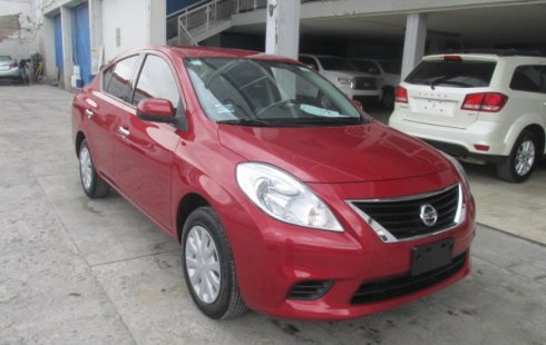 Vendo Nissan Versa 2013 Manual