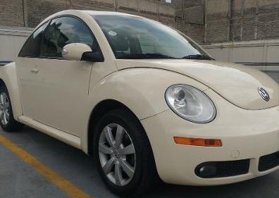 Hermoso Volkswagen Beetle automático 2009