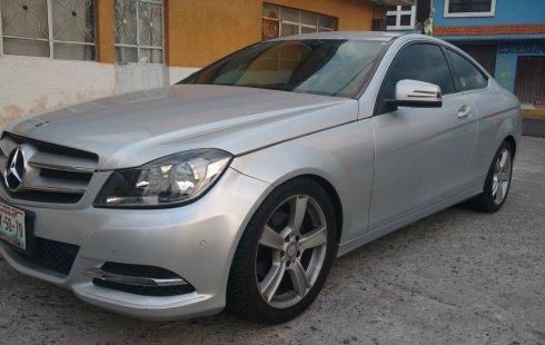 Urge!! Vendo excelente Mercedes-Benz Clase C 2013 Automático en en Nicolás Romero