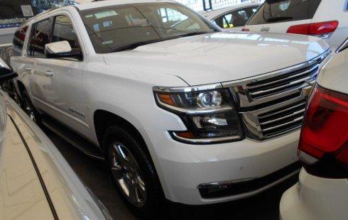 Urge!! Vendo excelente Chevrolet Suburban 2015 Automático en en Guadalajara