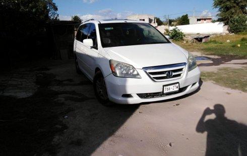Auto usado Honda Odyssey 2006 a un precio increíblemente barato
