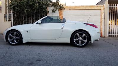 Vendo un Nissan 350Z en exelente estado