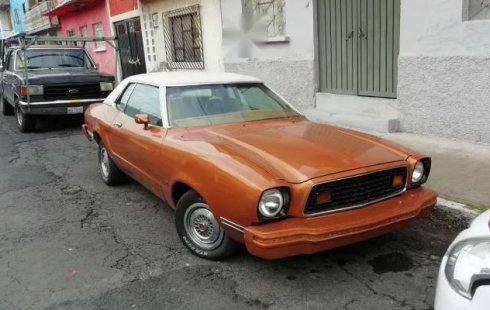 Ford Mustang 1975 nuevo