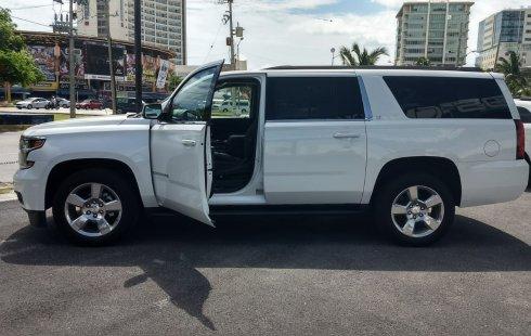 Chevrolet Suburban 2017 Blanco
