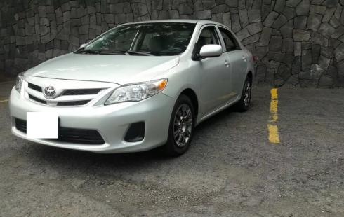 Vendo Toyota Corolla 2012 Plata