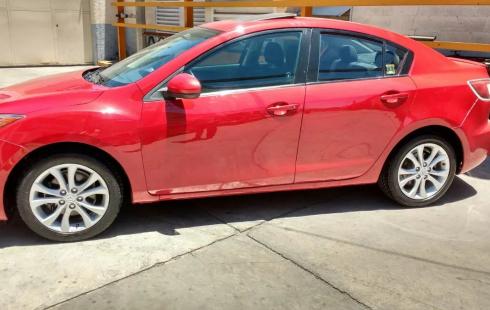 Vendo Mazda 3 2013 Color Rojo