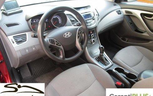 Quiero vender inmediatamente mi auto Hyundai ELANTRA 2015 muy bien cuidado