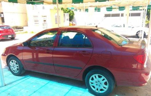 Toyota Corolla 2005 Rojo $65,000