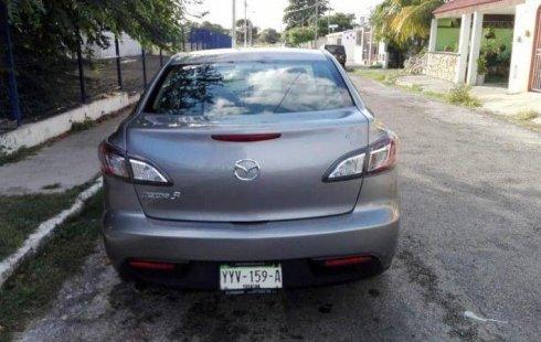 Quiero vender urgentemente mi auto Mazda 3 2010 muy bien estado