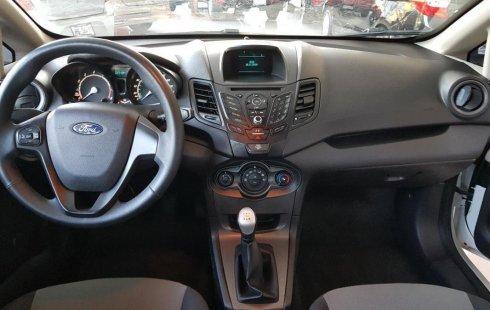 Urge!! Un excelente Ford FIESTA 2016 Manual vendido a un precio increíblemente barato en Guadalajara