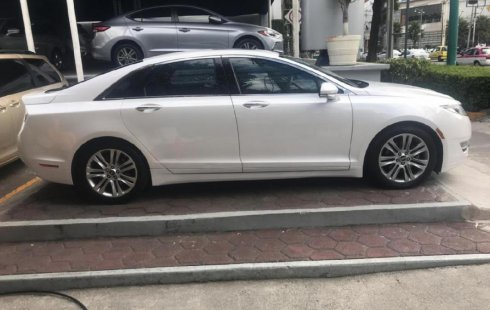 En venta un Lincoln MKZ 2014 Automático muy bien cuidado