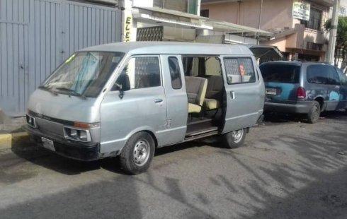 Me veo obligado vender mi carro Nissan Ichi van 1992 por cuestiones económicas
