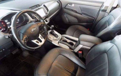Vendo un carro Kia Sportage 2016 excelente, llámama para verlo