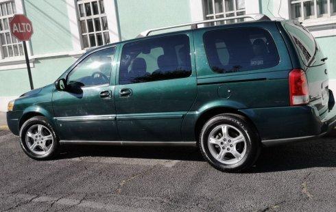 Me veo obligado vender mi carro Chevrolet Uplander 2006 por cuestiones económicas
