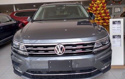 Volkswagen Tiguan 2018 Gris *Seguro gratis por 1 año